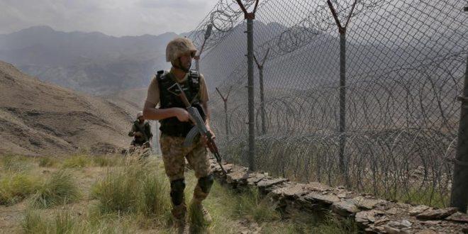 پیروزی طالبان افغان باعث تقویت تندروان درپاکستان شده است